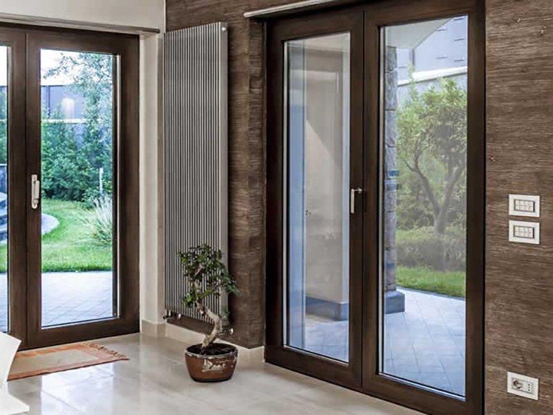 Pertile serramenti in alluminio legno legno pvc for Controfinestre in alluminio prezzi